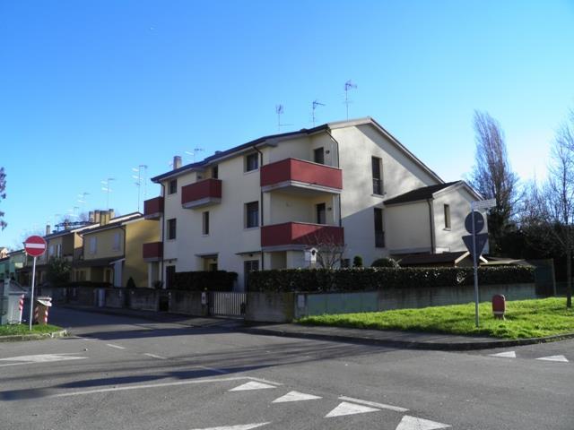 Appartamento in vendita a Argenta, 4 locali, zona Località: RESIDENZIALE VICINO AL CENTRO COMMERCIALE, prezzo € 108.000   Cambio Casa.it