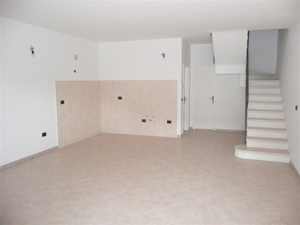 Soluzione Indipendente in affitto a Argenta, 3 locali, zona Zona: San Biagio, prezzo € 500 | Cambio Casa.it