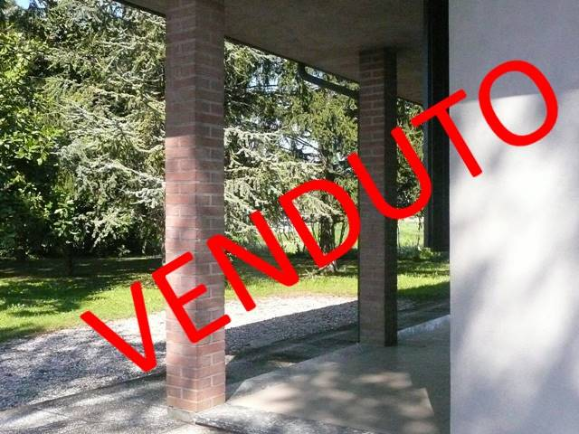 Villa in vendita a Alfonsine, 5 locali, zona Località: FRAZIONI: FILO, prezzo € 170.000   Cambio Casa.it