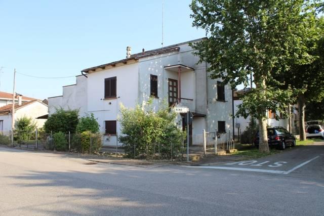 Soluzione Indipendente in vendita a Conselice, 4 locali, zona Zona: Lavezzola, prezzo € 65.000 | Cambio Casa.it