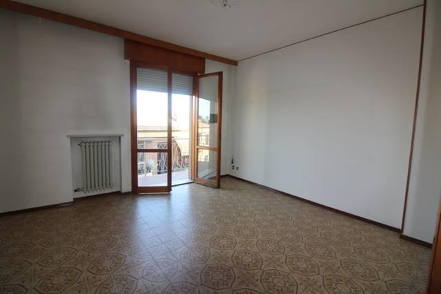 Appartamento in vendita a Argenta, 5 locali, prezzo € 92.000   Cambio Casa.it