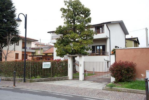 Villa-Villetta Vendita Osio Sotto