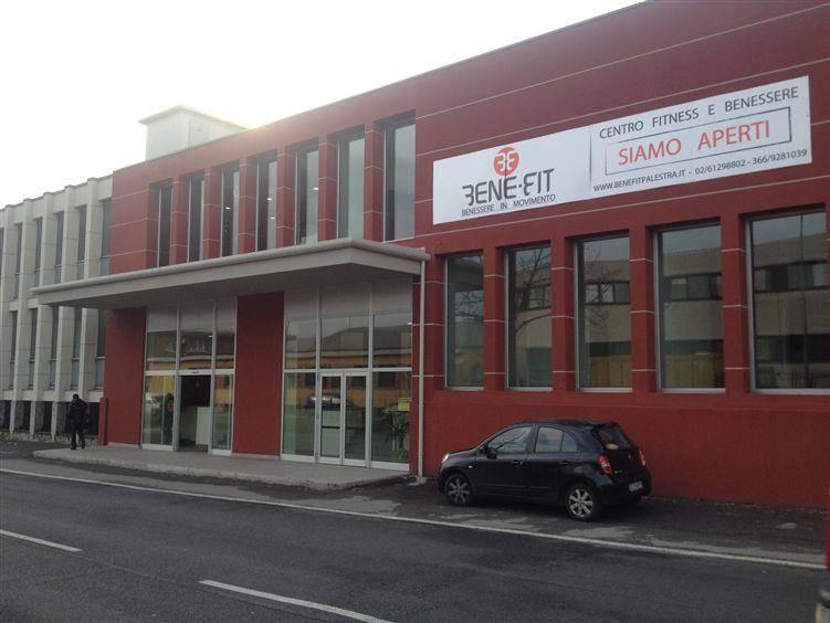 Attività commerciale, Milano