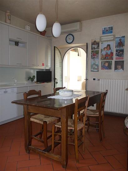 Rustico / Casale in vendita a Scandicci, 7 locali, prezzo € 620.000 | Cambio Casa.it