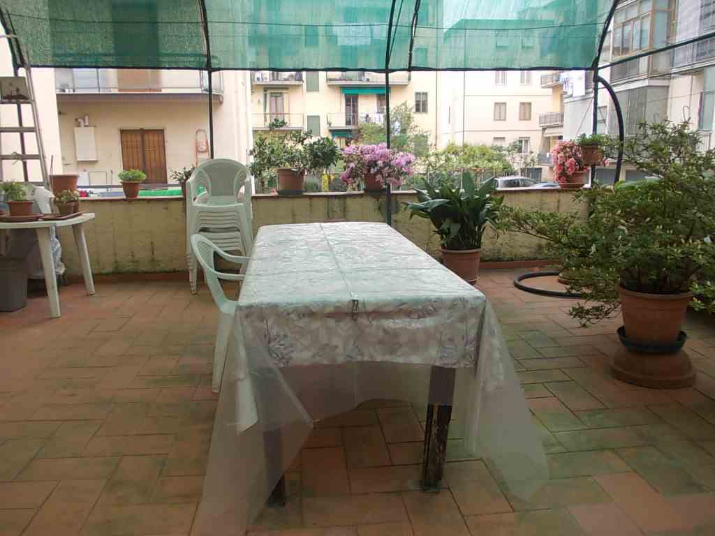 Appartamento in vendita a Impruneta, 4 locali, zona Zona: Tavarnuzze, prezzo € 165.000 | Cambio Casa.it