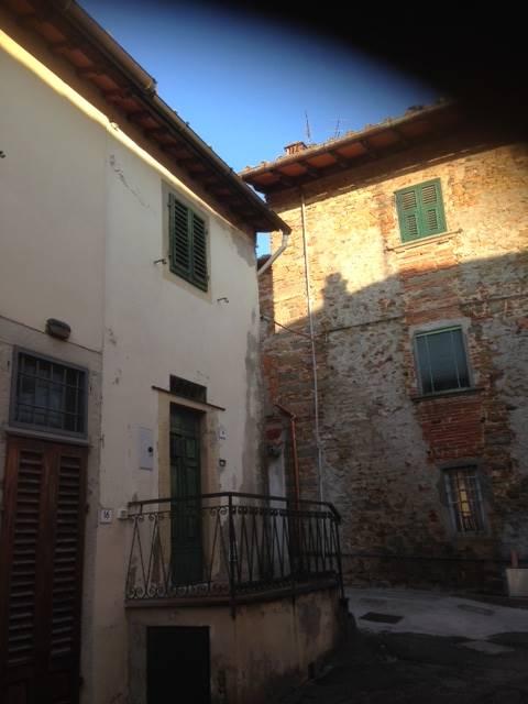 Soluzione Indipendente in vendita a San Casciano in Val di Pesa, 4 locali, zona Zona: Romola, prezzo € 95.000 | CambioCasa.it