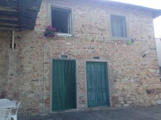Rustico / Casale in vendita a Impruneta, 10 locali, prezzo € 420.000 | CambioCasa.it