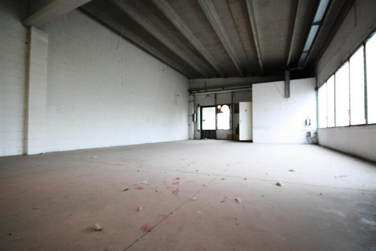 Capannone in affitto a Senago, 1 locali, prezzo € 750 | Cambio Casa.it