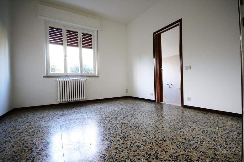 Appartamento in affitto a Senago, 2 locali, prezzo € 400 | Cambio Casa.it