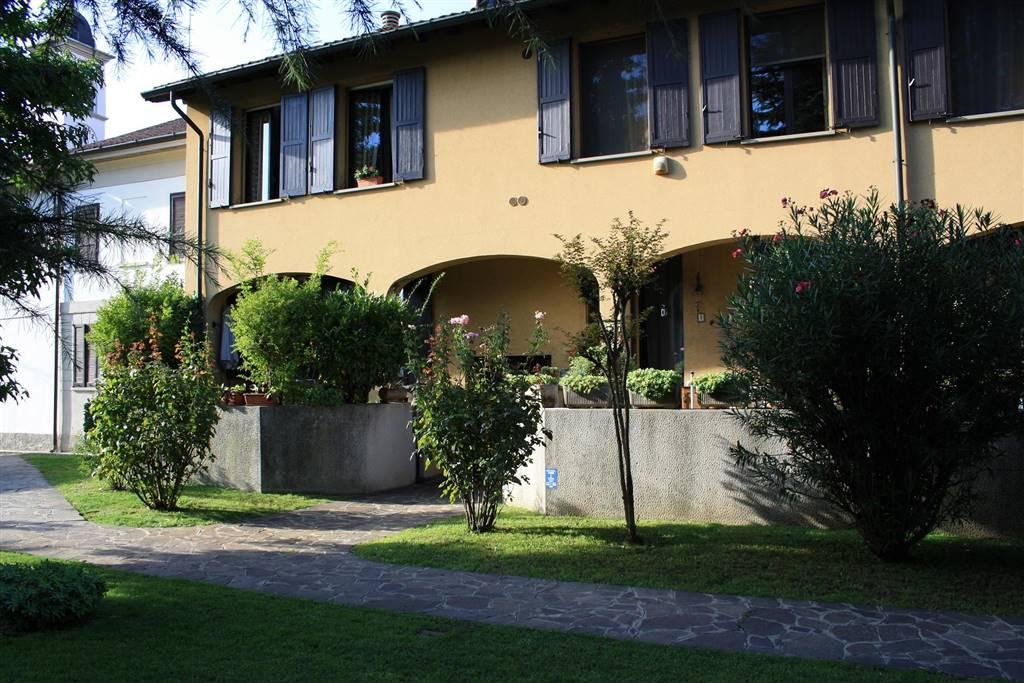 Appartamento in affitto a Cormano, 2 locali, zona Zona: Cormano-Centro, prezzo € 650 | Cambio Casa.it
