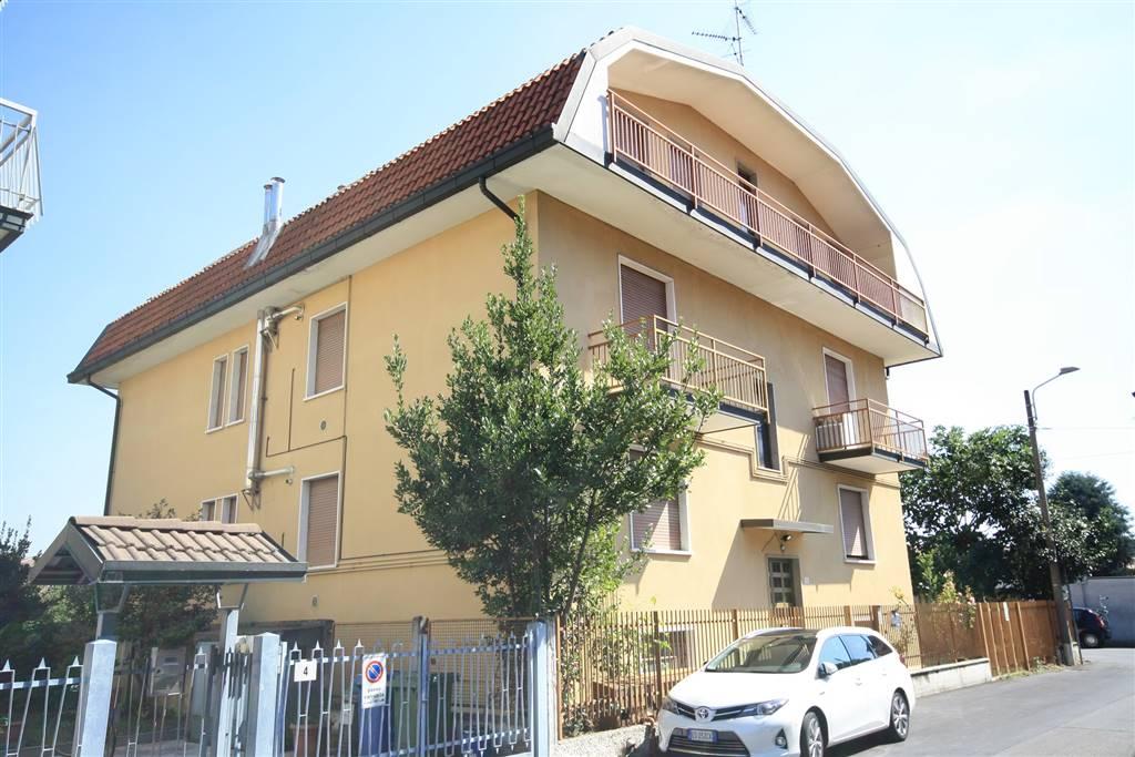 Appartamento in affitto a Senago, 3 locali, prezzo € 600 | CambioCasa.it