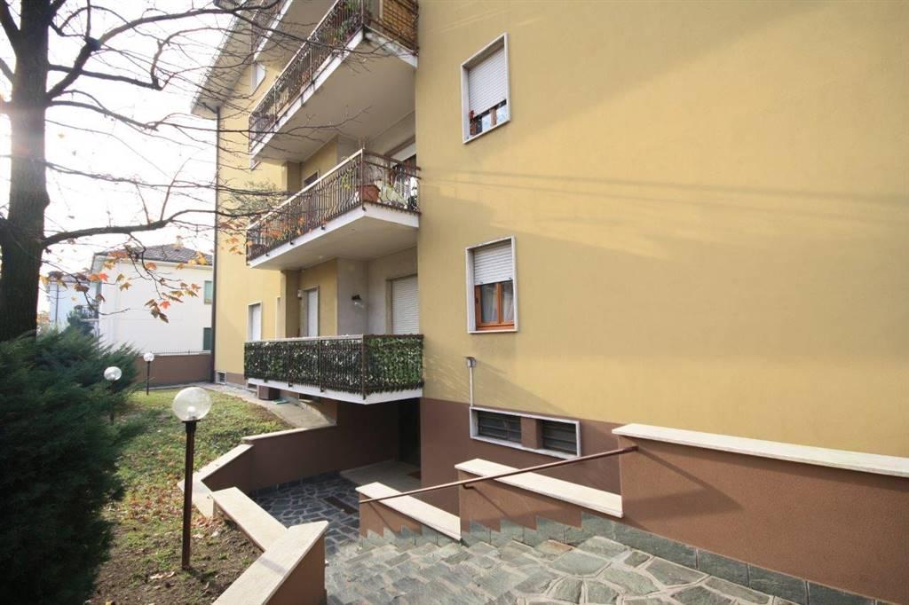 Appartamento in affitto a Bollate, 3 locali, zona Zona: Cascina del Sole, prezzo € 600 | CambioCasa.it
