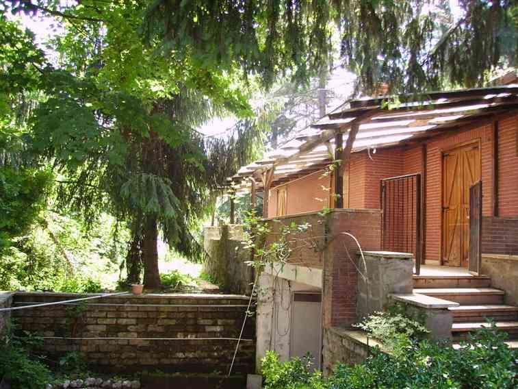 Casa rocca priora cerca case a rocca priora for Piani di patio