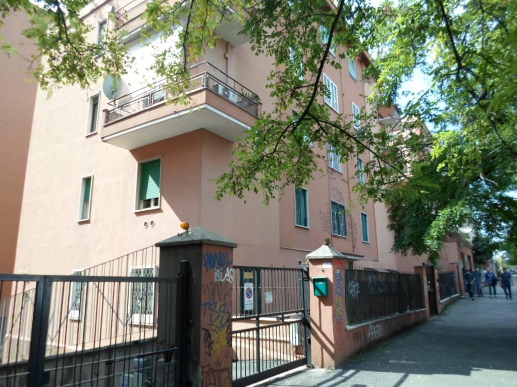 Bilocale in Via Temistocle Calzecchi Onesti, Marconi, Ostiense, San Paolo, Roma