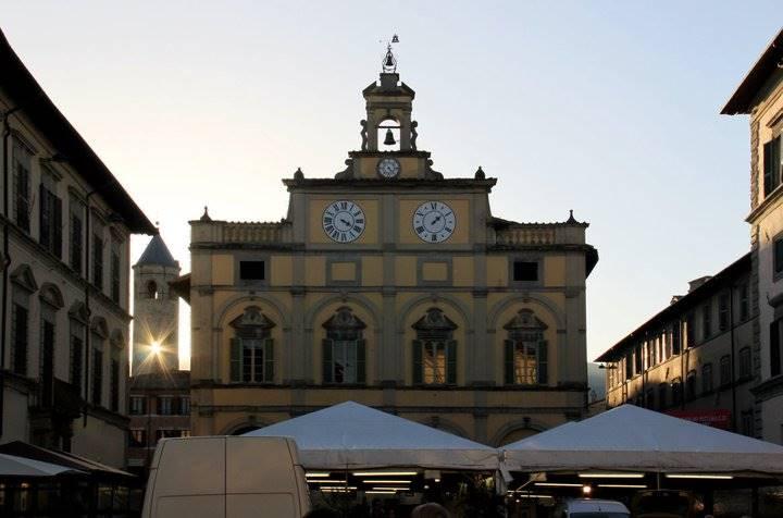 Negozio / Locale in affitto a Città di Castello, 6 locali, zona Località: CENTRO STORICO, prezzo € 2.200 | Cambio Casa.it