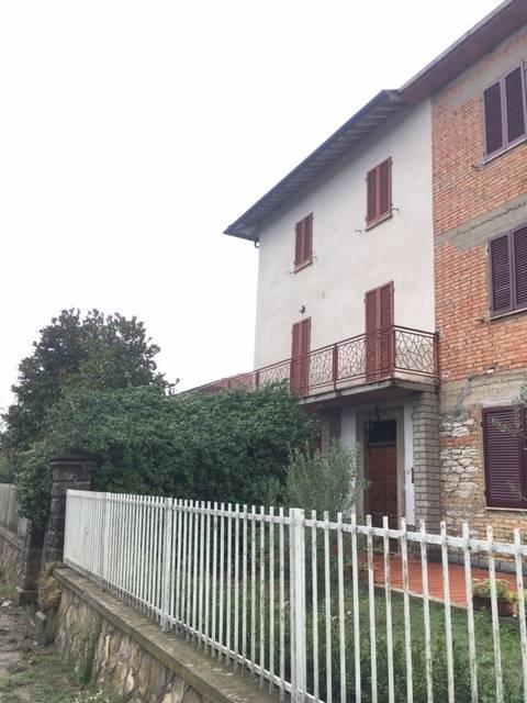 Soluzione Indipendente in affitto a Città di Castello, 5 locali, zona Località: BRECCIONE, prezzo € 480 | CambioCasa.it