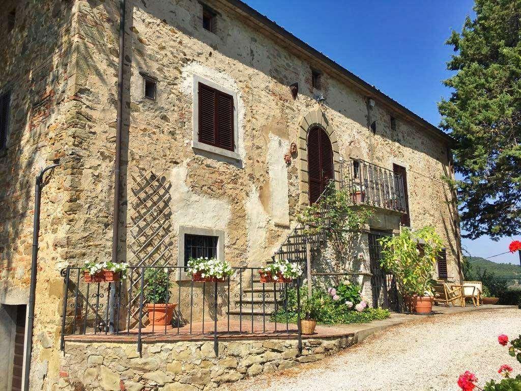 Villa in vendita a Monterchi, 11 locali, zona Località: BORGACCIANO, Trattative riservate | CambioCasa.it