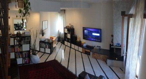 Appartamento in vendita a Cogliate, 3 locali, prezzo € 169.000   Cambiocasa.it