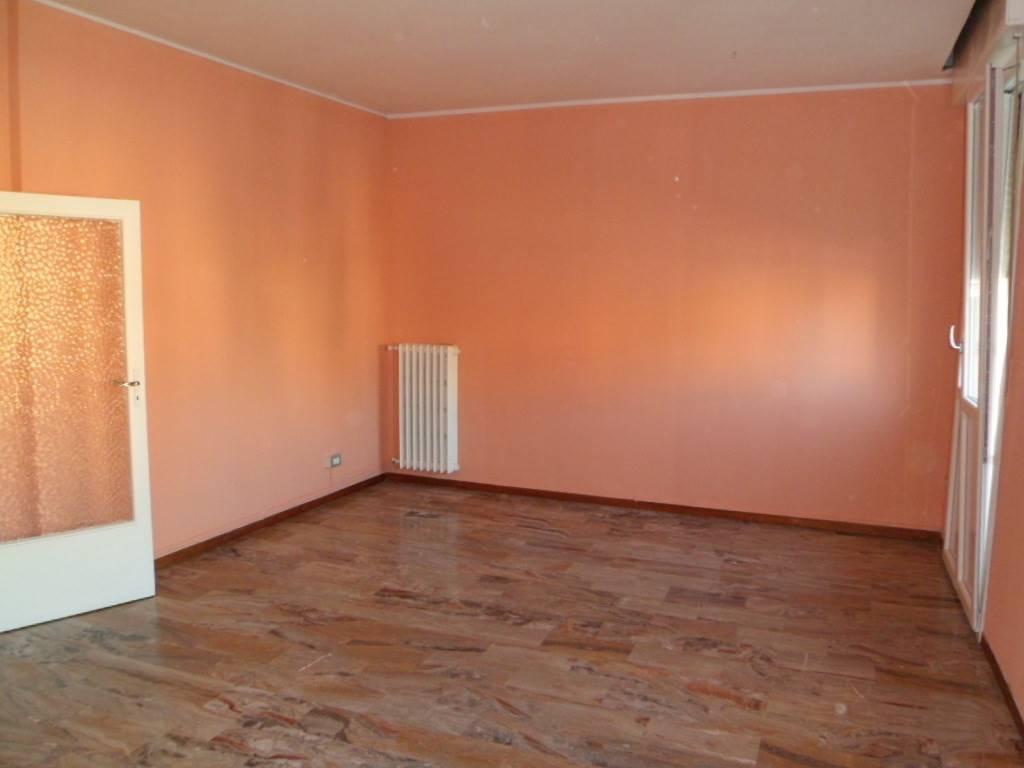 Appartamento in affitto a San Giovanni in Persiceto, 4 locali, prezzo € 550 | Cambio Casa.it