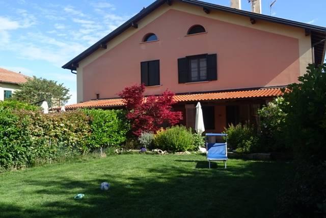 Soluzione Indipendente in vendita a Sala Bolognese, 6 locali, zona Zona: Bonconvento, prezzo € 345.000 | CambioCasa.it