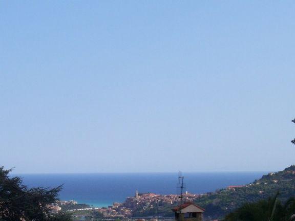 Villa in vendita a Ventimiglia, 5 locali, prezzo € 900.000   Cambio Casa.it