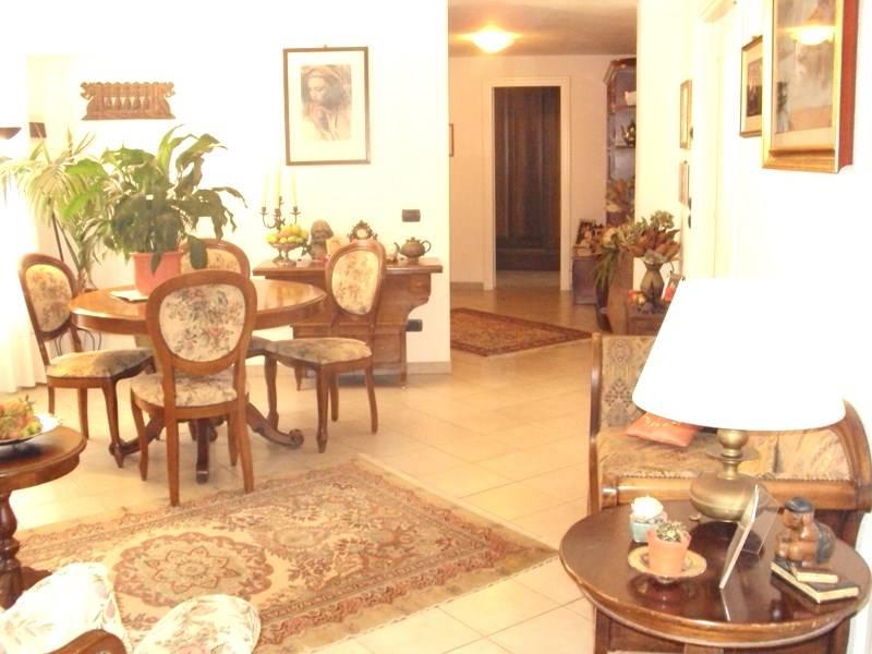 Appartamento in vendita a Ventimiglia, 6 locali, Trattative riservate | Cambio Casa.it
