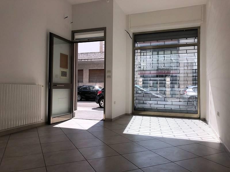 negozio  in Affitto a Lecce