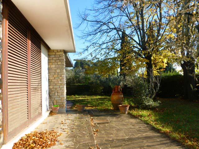 Villa in vendita a Sesto Fiorentino, 10 locali, prezzo € 1.500.000 | Cambio Casa.it