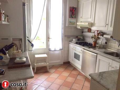 Soluzione Indipendente in vendita a Sesto Fiorentino, 6 locali, zona Zona: Colonnata, prezzo € 800.000 | Cambio Casa.it
