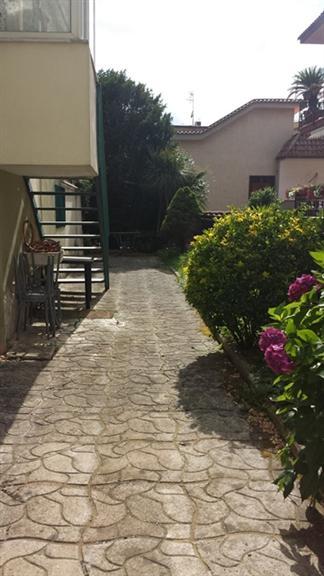 Quadrilocale in Via Orsolone a Santacroce, Chiaiano, Napoli