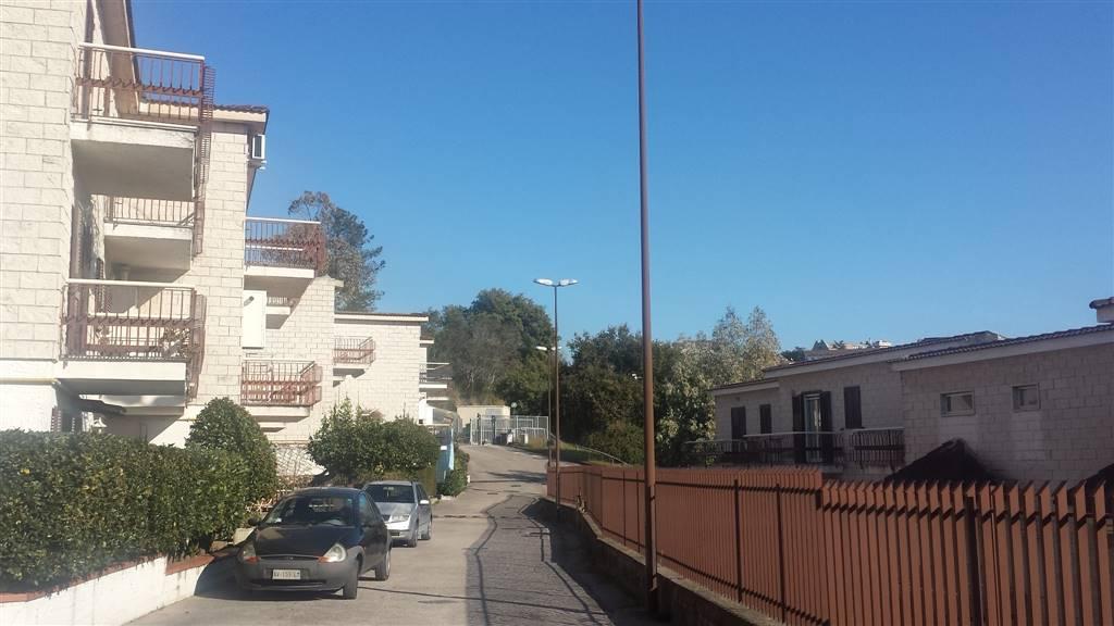 Villa a schiera a SESSA AURUNCA 12 Vani - Garage - Giardino 210 Mq