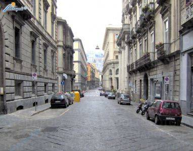 Shop in NAPOLI 150 Sq. mt. | 1 Rooms