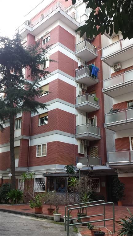 Appartamento a NAPOLI 4 Vani