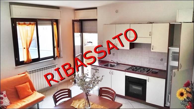 Appartamento in affitto a Sermoneta, 2 locali, zona Zona: Carrara, prezzo € 440 | CambioCasa.it
