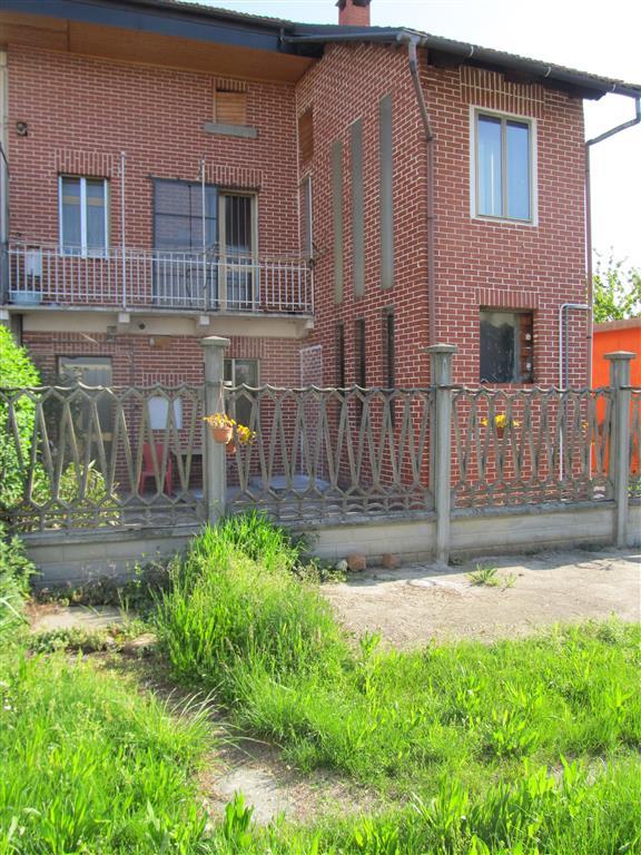 Soluzione Indipendente in affitto a San Francesco al Campo, 2 locali, prezzo € 350 | CambioCasa.it