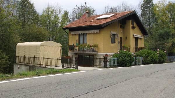 Villa in vendita a Cantoira, 5 locali, prezzo € 140.000   CambioCasa.it