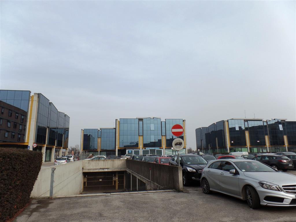 Box / Garage in vendita a Padova, 1 locali, zona Zona: 3 . Est (Brenta-Venezia, Forcellini-Camin), prezzo € 10.000 | Cambio Casa.it