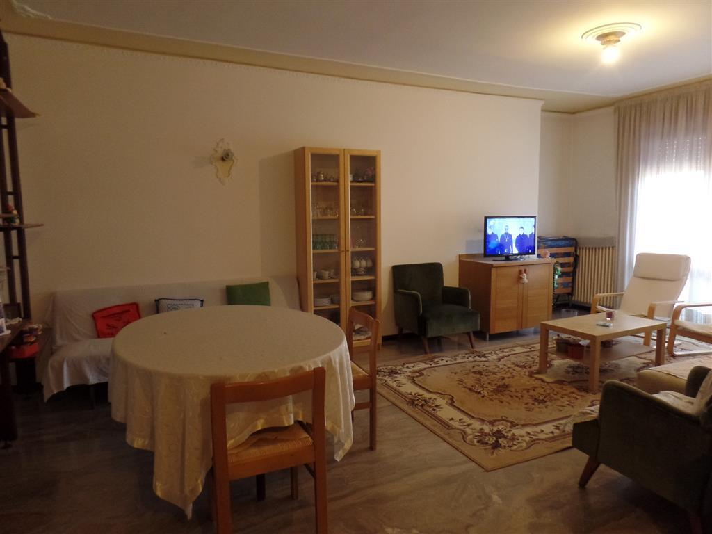 Appartamento in affitto a Padova, 4 locali, zona Zona: 4 . Sud-Est (S.Croce-S. Osvaldo, Bassanello-Voltabarozzo), prezzo € 590 | Cambio Casa.it