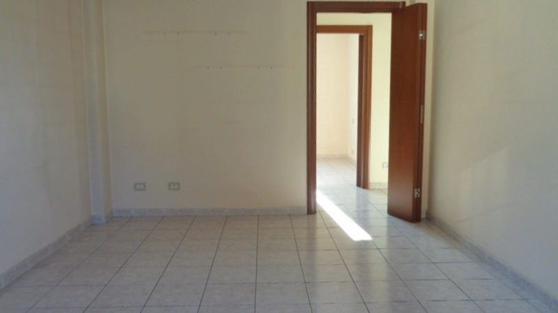 Appartamento in vendita a Cesano Boscone, 2 locali, prezzo € 129.000 | CambioCasa.it