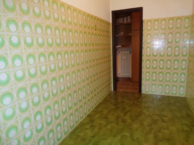 Appartamento in vendita a Cesano Boscone, 2 locali, prezzo € 80.000 | Cambio Casa.it