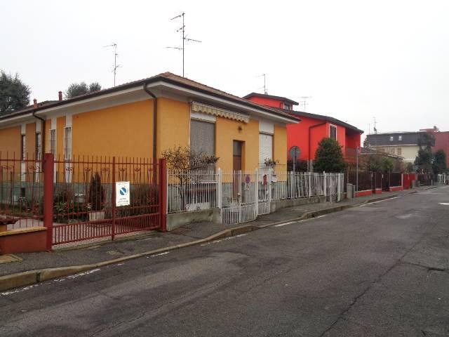 Soluzione Semindipendente in Vendita a Cesano Boscone