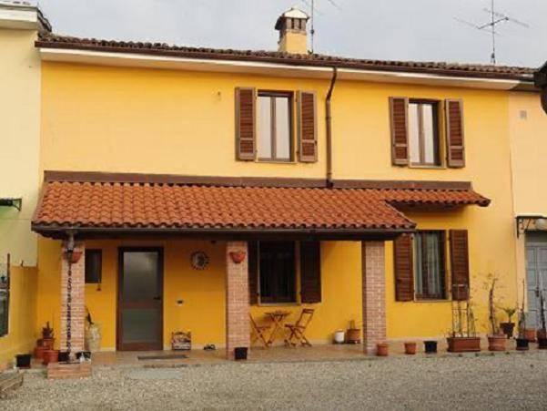 Soluzione Semindipendente in vendita a Pieve Albignola, 3 locali, prezzo € 100.000 | CambioCasa.it