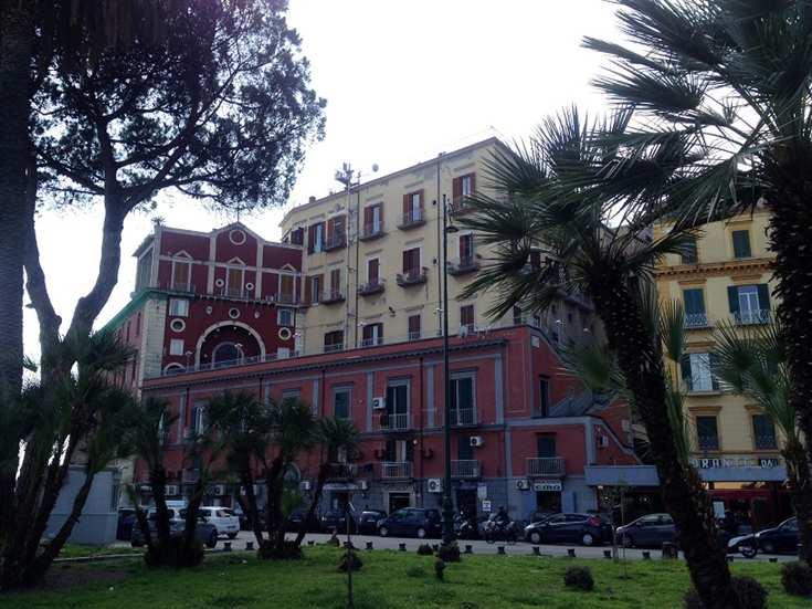 Soluzione Indipendente in vendita a Napoli, 4 locali, zona Zona: 8 . Piscinola, Chiaiano, Scampia, prezzo € 750.000   Cambio Casa.it