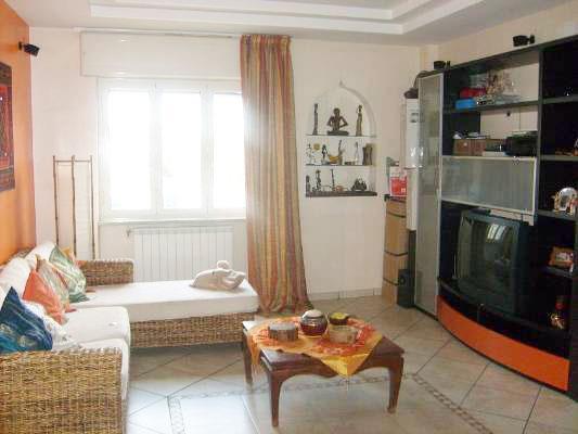Appartamento in vendita a San Giorgio a Cremano, 3 locali, zona Località: SEMICENTRALE DI PRESTIGIO, prezzo € 228.000 | CambioCasa.it