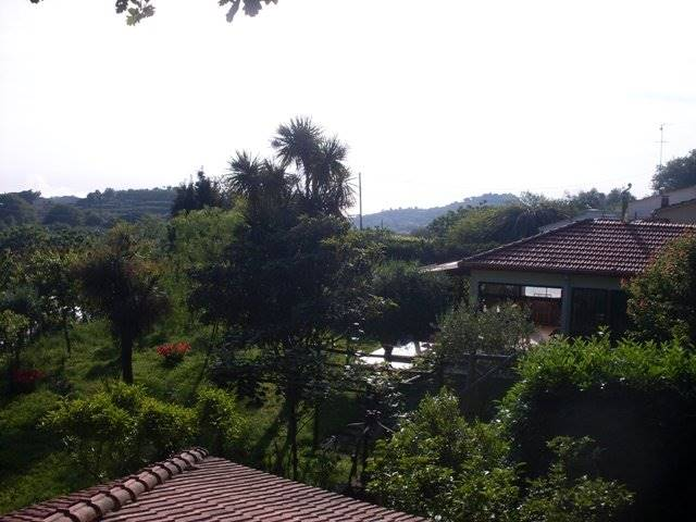 Villa Bifamiliare in Vendita a Massa Lubrense
