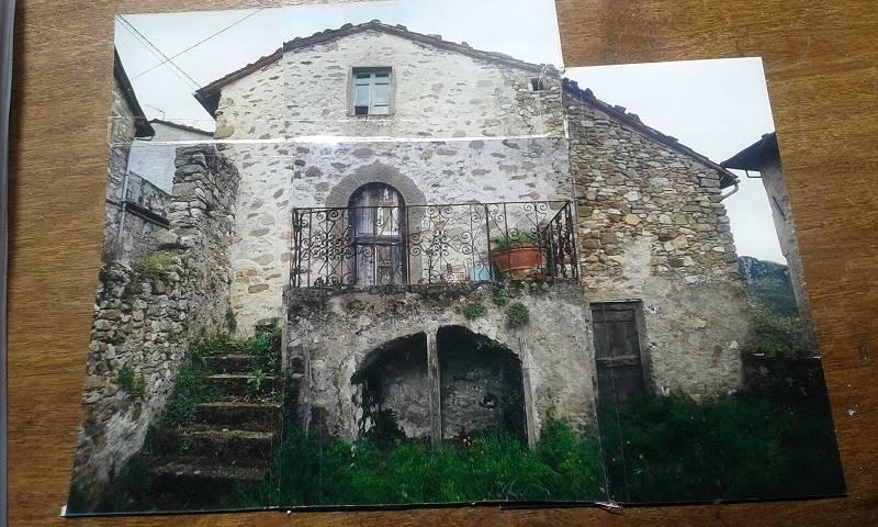 Soluzione Indipendente in vendita a Bagni di Lucca, 4 locali, zona Zona: Vico Pancellorum, prezzo € 99.000 | Cambio Casa.it