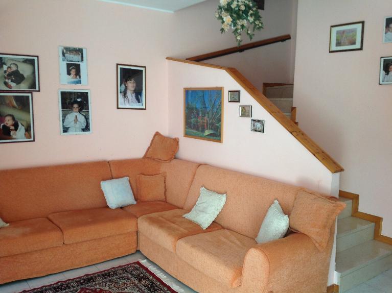 Villa vendita MONDOLFO (PU) - 7 LOCALI - 160 MQ
