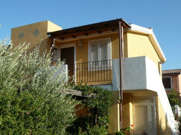 Appartamento in vendita a Loiri Porto San Paolo, 4 locali, zona Zona: Porto San Paolo, prezzo € 190.000 | Cambio Casa.it