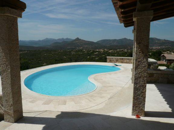 Villa in vendita a San Teodoro, 10 locali, zona Zona: Punta Molara, Trattative riservate | Cambio Casa.it