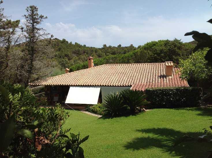 Villa in vendita a San Teodoro, 6 locali, zona Zona: Capo di Coda Cavallo, Trattative riservate | Cambio Casa.it
